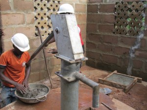 The Water Project : sierraleone5066-52-rehabilitation-work