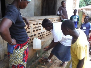 The Water Project : sierraleone5066-64-tippy-tap