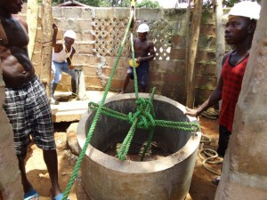 The Water Project : sierraleone5066-rehabilitation-work