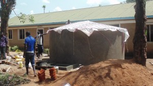 The Water Project : kenya4329-36-tank-construction