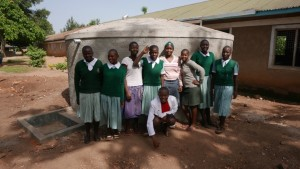 The Water Project : kenya4329-56-tank-complete