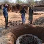 The Water Project: Kwa Mutunga Shallow Well Project -
