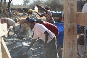 The Water Project : kenya4387-06-kwa-mutunga-shg-sd-construction