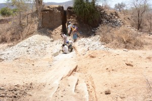 The Water Project : kenya4389-14-trenching
