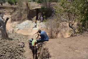 The Water Project : kenya4389-15-trenching