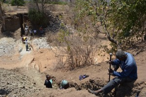 The Water Project : kenya4389-16-trenching