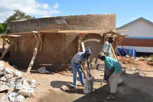 The Water Project : kenya4393-32-tank-construction
