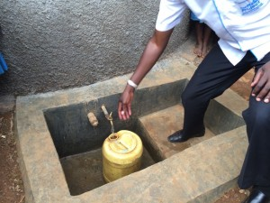 The Water Project : kenya4440-25-completed-tank