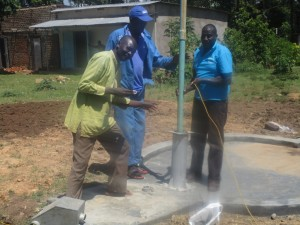 The Water Project : kenya4453-31-ematoyi-pump-installation