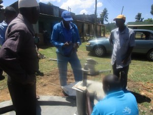 The Water Project : kenya4453-33-ematoyi-pump-installation
