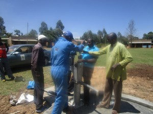 The Water Project : kenya4453-37-ematoyi-pump-installation