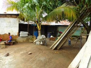The Water Project : sierraleone5067-09-house