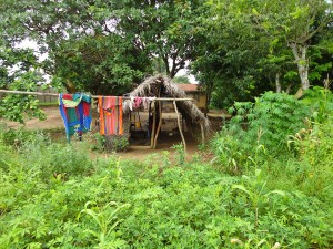 The Water Project : sierraleone5067-11-kitchen-area-native-clothes-drying