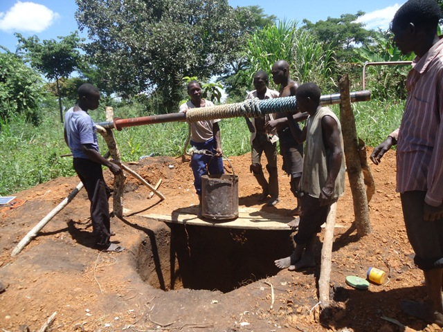 The Water Project : uganda689-03-excavation