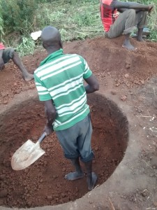 The Water Project : uganda690-04-excavation
