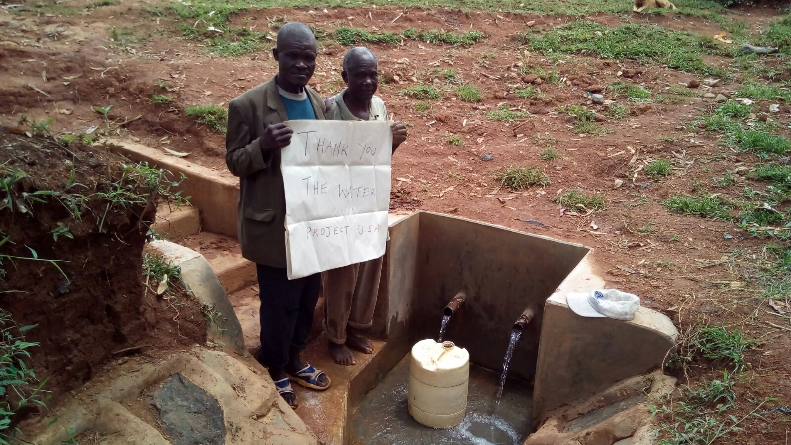 The Water Project : kenya4410-04-running-water