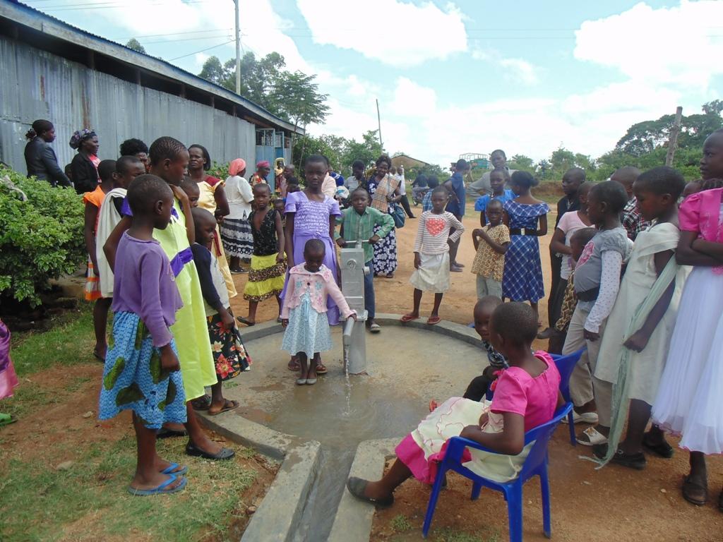 The Water Project : kenya4359-40-ebenezar-water-flowing