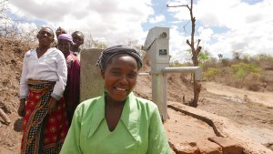 The Water Project : kenya4379-11-completed-well
