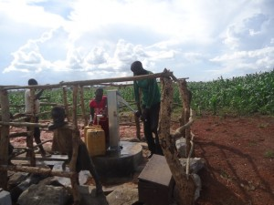 The Water Project : uganda6061-20-clean-water