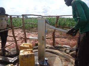 The Water Project : uganda6061-22-clean-water