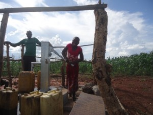 The Water Project : uganda6061-24-clean-water