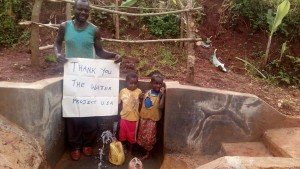 The Water Project : kenya4422-32-clean-water