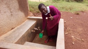 The Water Project : kenya4441-22-clean-water