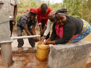 The Water Project : kenya4448-10-well