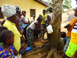 The Water Project : sierraleone5075-19-hygiene-training