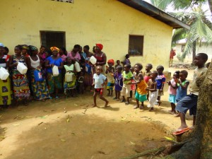 The Water Project : sierraleone5075-21-hygiene-training
