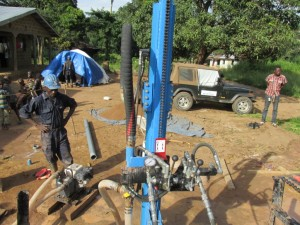 The Water Project : sierraleone5075-22-drilling