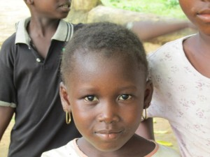 The Water Project : sierraleone5075-43