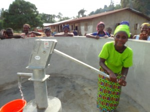 The Water Project : sierraleone5075-62-dedication