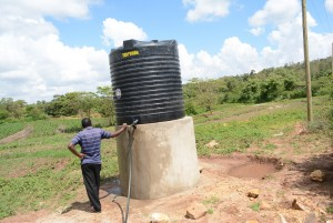 The Water Project : kenya4396-01-finished-tank