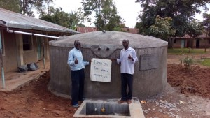The Water Project : kenya4443-29-finished-tank