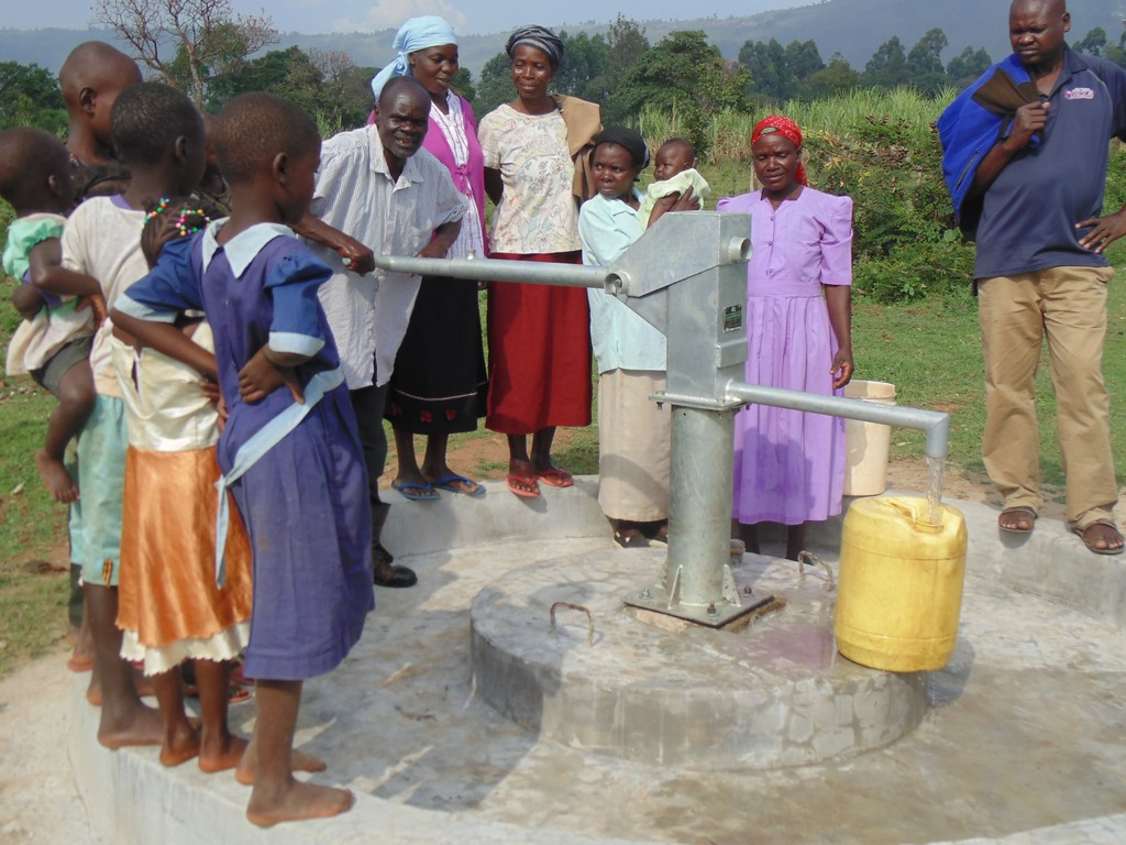 The Water Project : 18-kenya4401-water-flowing