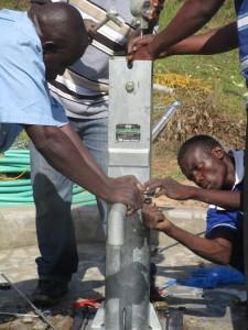The Water Project : 18-kenya4511-pump-installation