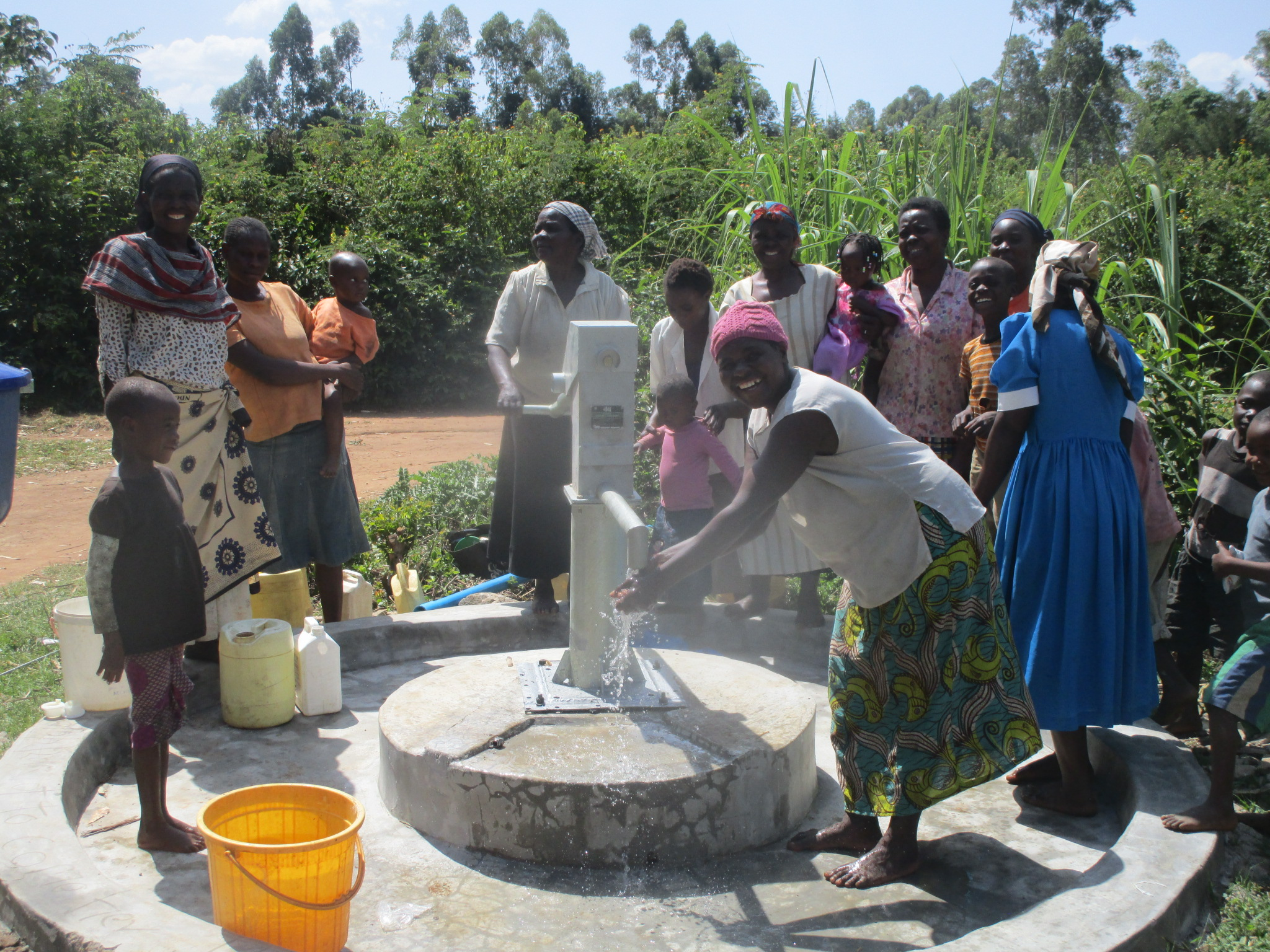 The Water Project : 21-kenya4511-handing-over