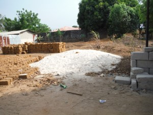 The Water Project : 1-sierraleone5080-construction-materials
