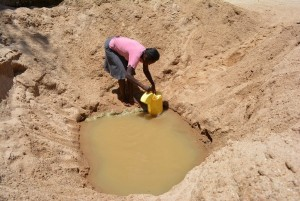 The Water Project : 12-kenya4459-fetching-water