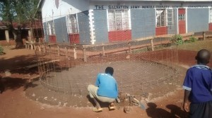 The Water Project : 13-kenya4596-construction