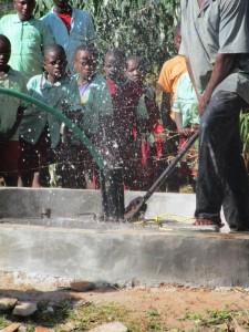 The Water Project : 15-kenya4509-flushing