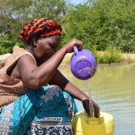 The Water Project: Mikuyuni Muumoni Earth Dam New Well Project -