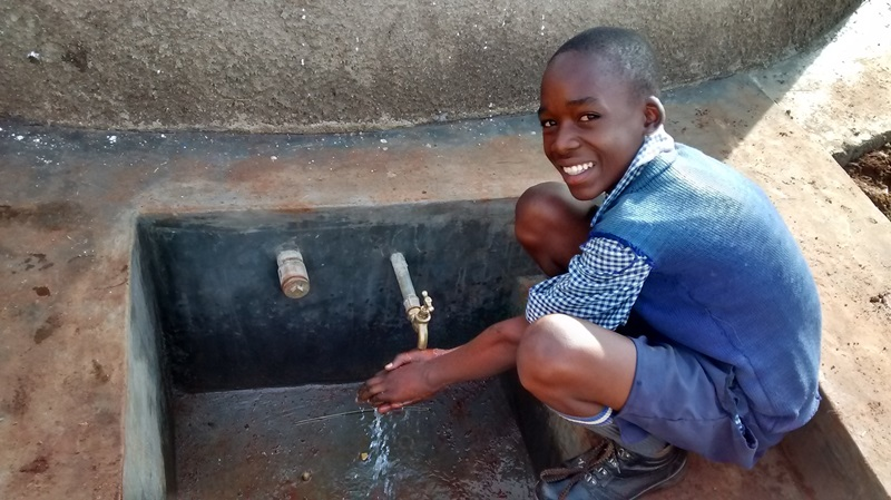The Water Project : 16-kenya4597-complete