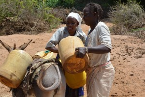 The Water Project : 3-kenya4479-fetching-water