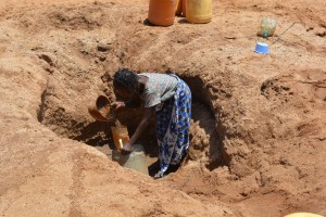The Water Project : 4-kenya4479-fetching-water