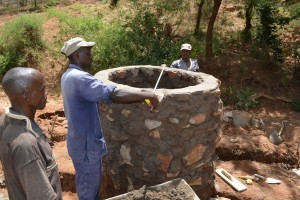 The Water Project : 6-kenya4482-construction