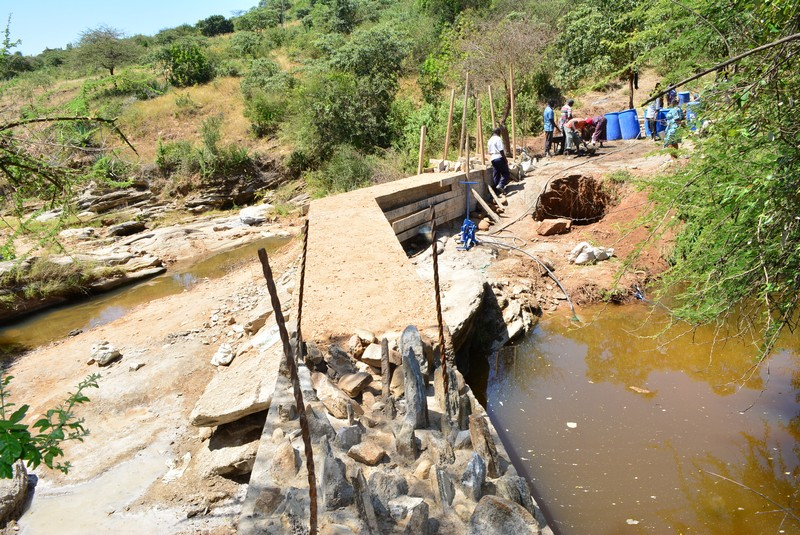 The Water Project : 15-kenya4460-sand-dam-construction