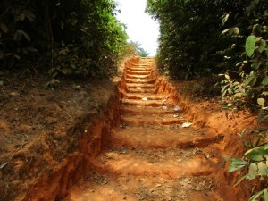 The Water Project : 16-sierraleone5082-steep-hill-to-water