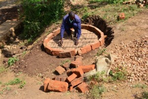 The Water Project : 2-kenya4476-construction